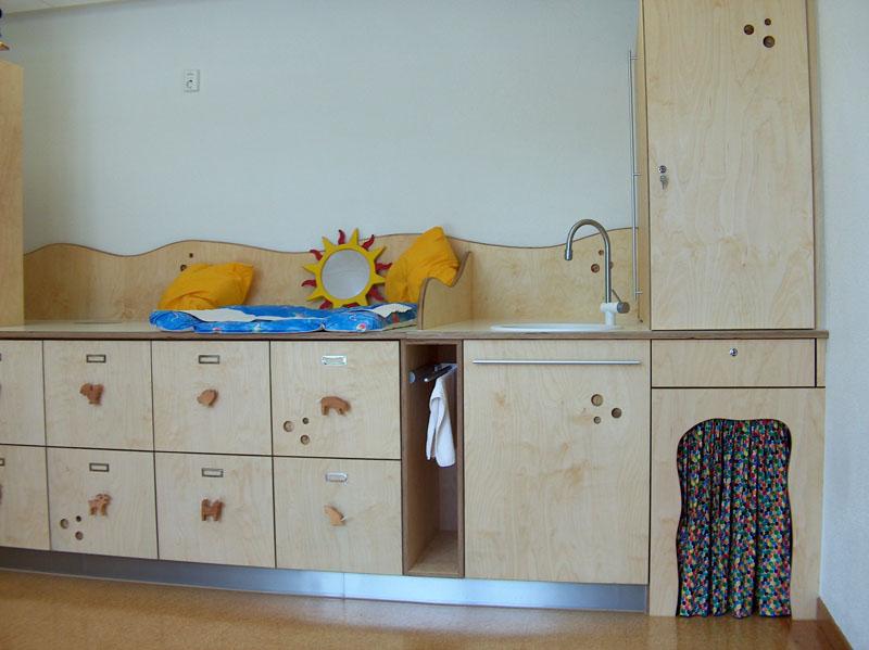 m bel kinderzimmer wickeltisch schreinerei h fle ihr schreiner mit ideen. Black Bedroom Furniture Sets. Home Design Ideas